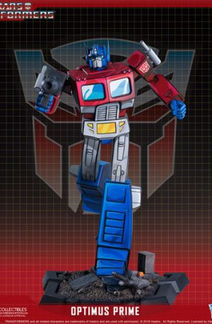 Figura Transformers Classic Scale Optimus Prime 27 cm